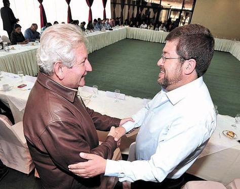 Rubén Costas y Samuel Doria Medina. Foto: Wara Vargas - Archivo.
