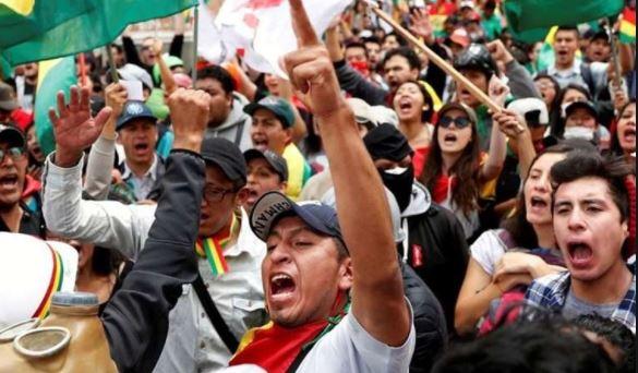 Sondeo establece que campañas se centran en partidos, rostros y regionalismos, descuidando las propuestas