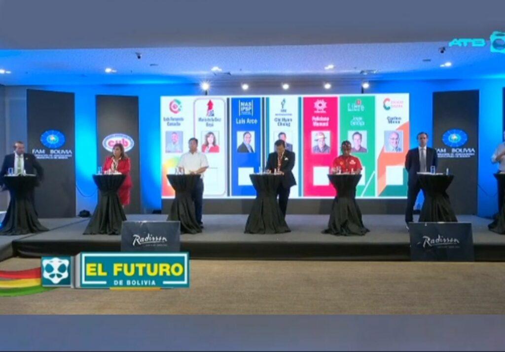 Candidatos a la presidencia   expusieron sus planes pero no hubo debate de programas