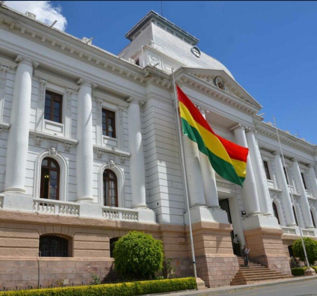 Gobierno, magistrados y organizaciones internacionales lanzan proyecto para reformar la justicia en Bolivia