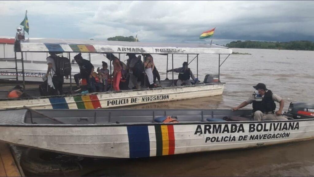 Armada detiene a 11 cubanos que pretendían ingresar al país sin certificado negativo de prueba COVID-19