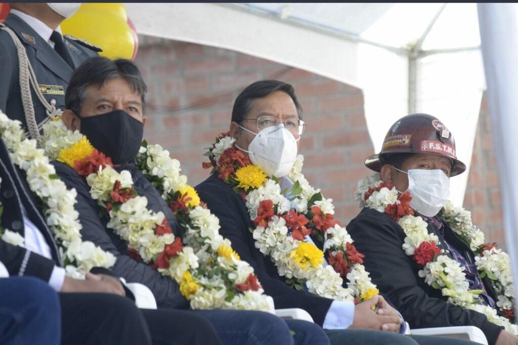 En el aniversario de La COB, presidente rinde homenaje y pide a trabajadores coadyuvar en la reconstrucción