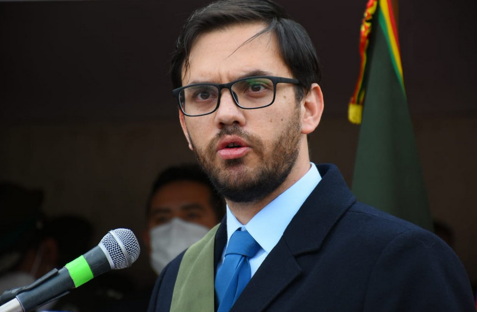 Ministro de Gobierno desmiente al diario El Deber sobre Characayo