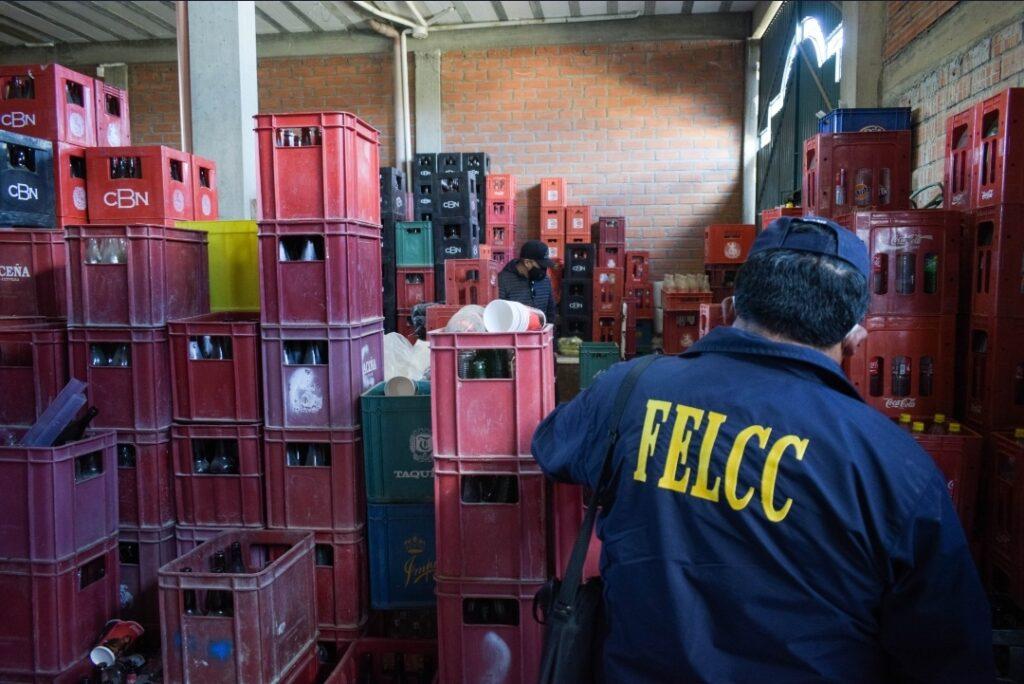 Se desbarata red delincuencial que falsificaba cerveza en El Alto