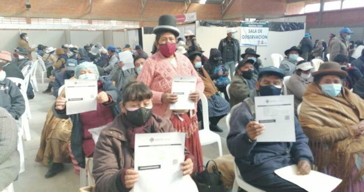 Salud confirma inicio de la tercera ola de contagios por coronavirus en Bolivia