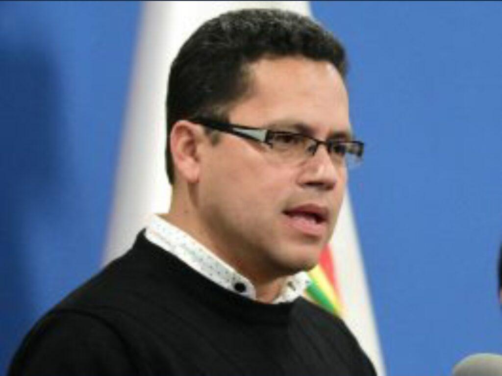 Eddy Luis Franco implica a dos de sus exsecretarias por el uso de sellos con su firma