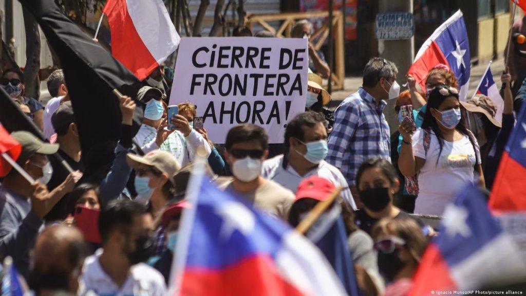 Chile: Fiscalía investigará violenta protesta contra inmigrantes venezolanos