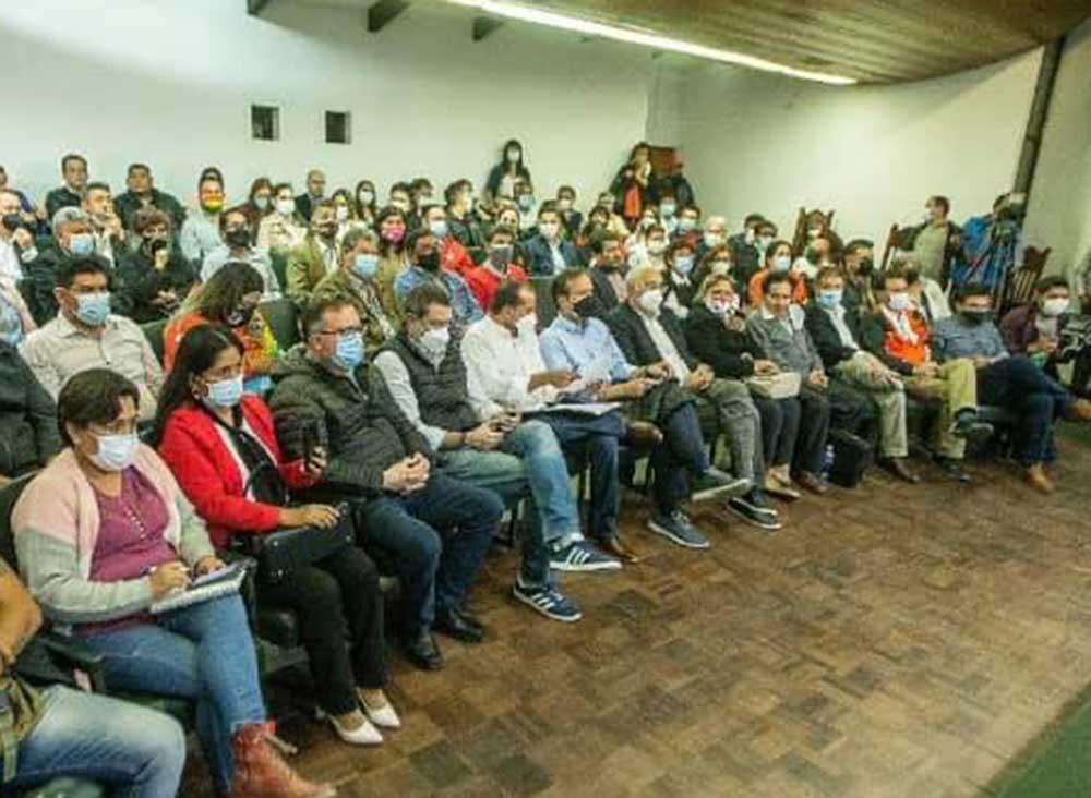 'Cumbre por la Democracia' conforma bloque de unidad y ratifica paro el 11 de octubre contra el Gobierno