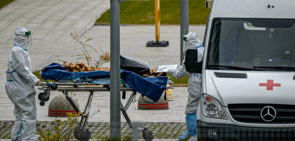 Por primera vez Rusia supera los 1.000 fallecidos diarios por Covid-19